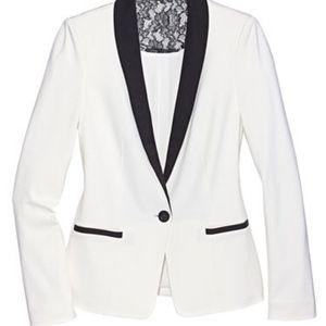 Gorgeous Bebe White Black Tuxedo Blazer Size: M